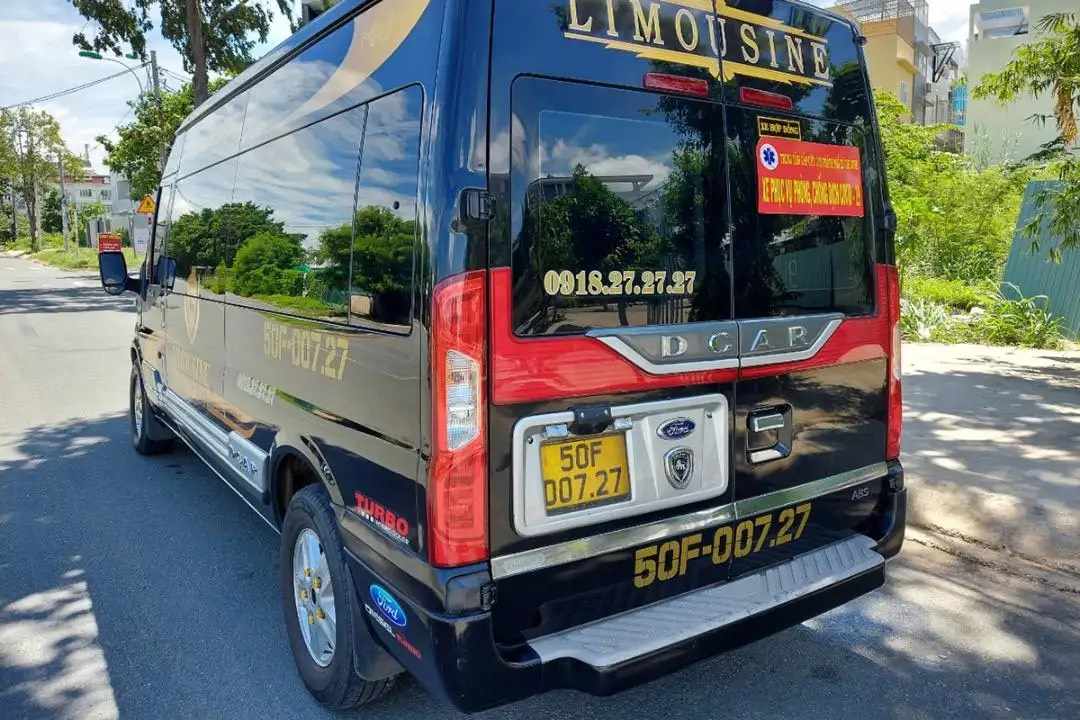 dòng xe phục vụ dịch vụ Saco Vip
